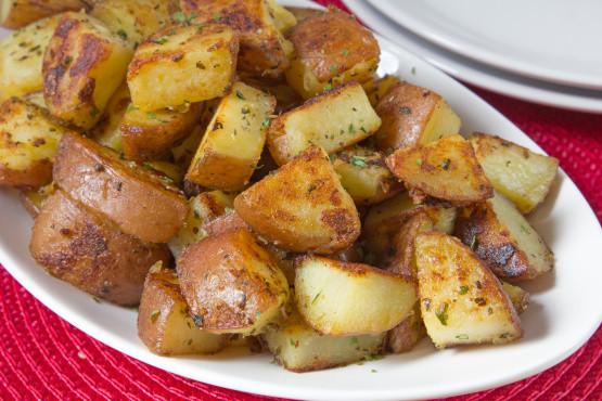 Red Potato Recipes  Stove Top roasted Red Potatoes Recipe Genius Kitchen