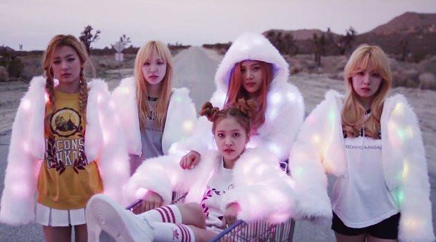 """Red Velvet Ice Cream Cake Lyrics  Sweet Love in Red Velvet's """"Ice Cream Cake"""" – seoulbeats"""