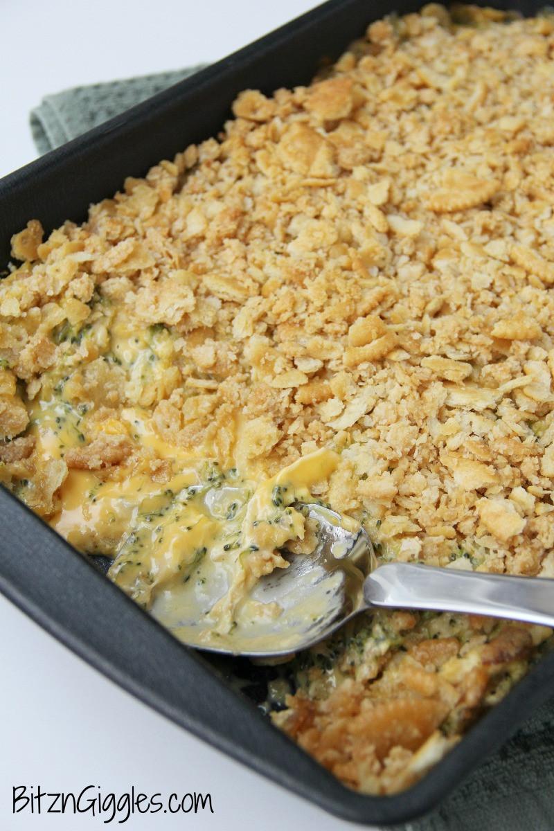 Ritz Cracker Chicken Casserole  Chicken Broccoli Ritz Casserole