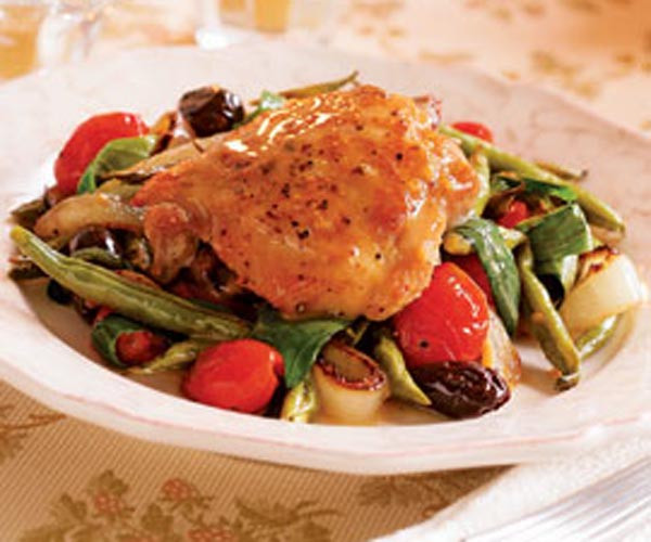 Roasted Chicken Thighs And Vegetables  Roasted Chicken Thighs with Late Summer Ve ables & Pan