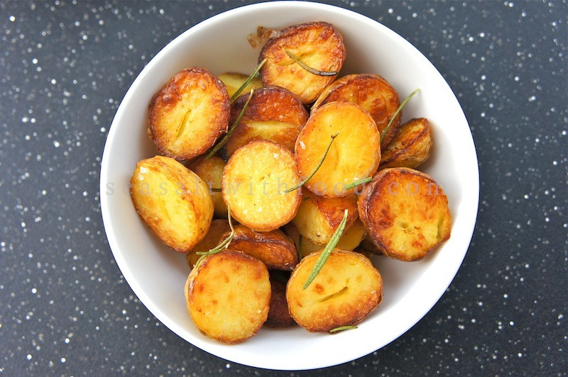 Roasted Gold Potatoes  Seasaltwithfood Roasted Nug Potatoes