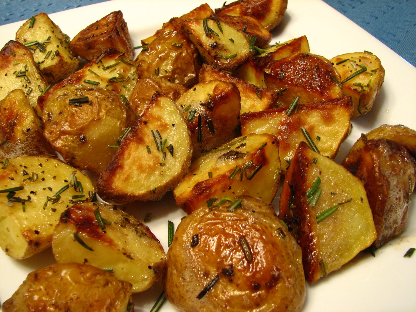 Roasted Potatoes In The Oven  Recipes for Potatoes Soup And Sausage and Ground Beef and