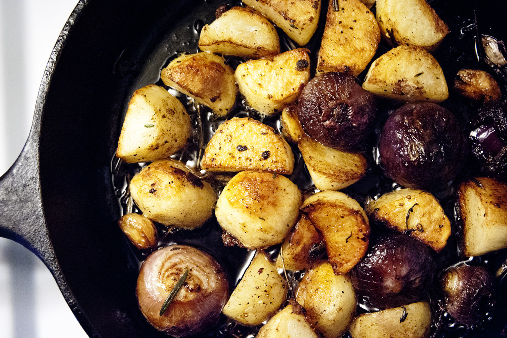 Roasted Russet Potatoes  Roasted Russet Potatoes And Red Cipollini ions