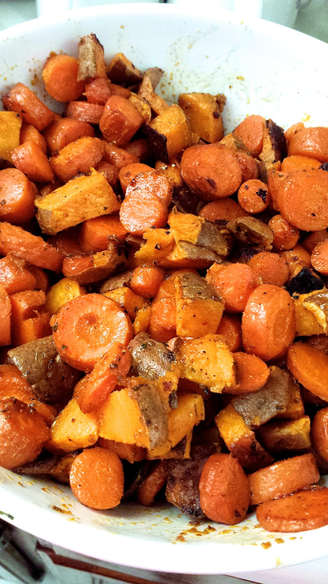 Roasted Sweet Potatoes And Carrots  [RECIPE] Roasted Sweet Potatoes and Carrots