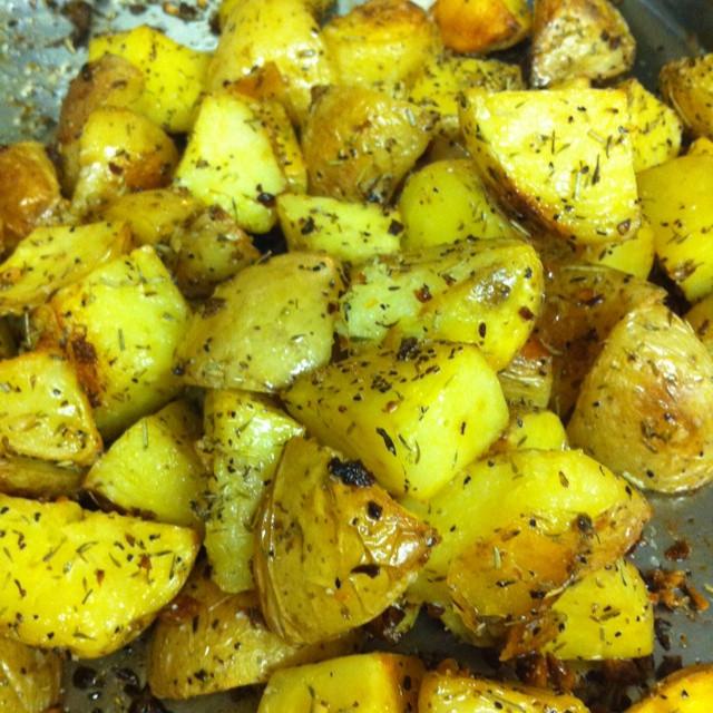 Roasted Yukon Gold Potatoes  Roasted Yukon gold potatoes Nom Nom Nom