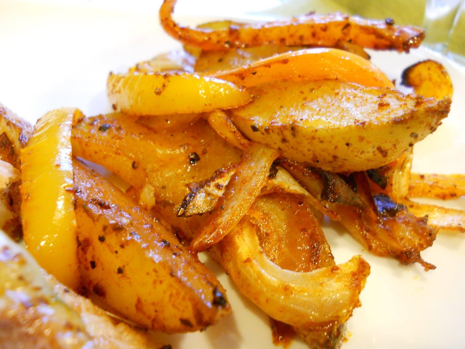 Roasted Yukon Gold Potatoes  Fergie s Bites Roasted Yukon Gold Potatoes and Peppers