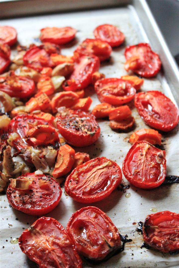 Roma Tomato Sauce  Kitchen Grrrls Vegan food blog with lots of beautiful