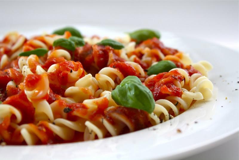 Roma Tomato Sauce  Seasaltwithfood Fusilli With Roma Tomato Sauce