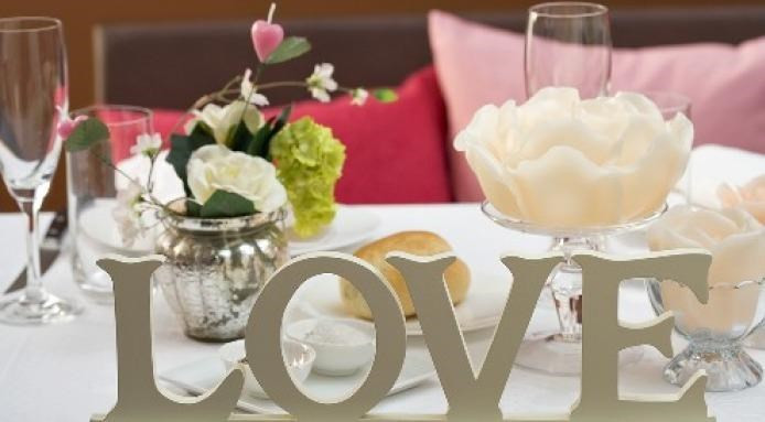 Romantic Dinner For Two  Valentine s Day Recipes 26 Seductive Recipes For
