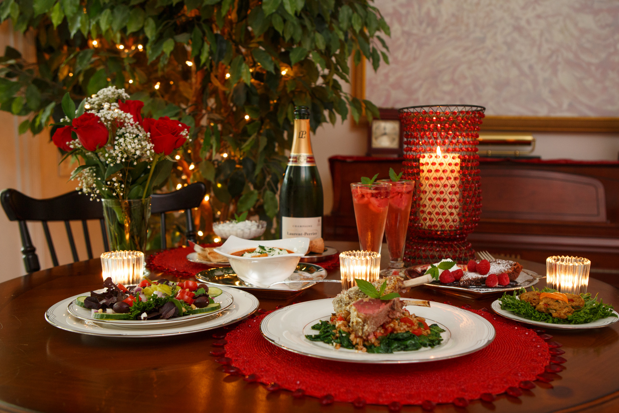 Romantic Dinner For Two  Catering by Debbi CovingtonRomantic Dinner for Two