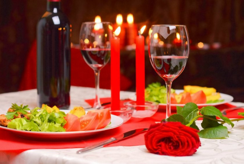 Romantic Dinner For Two At Home  3 Easy Romantic Meals You Can Make At Home