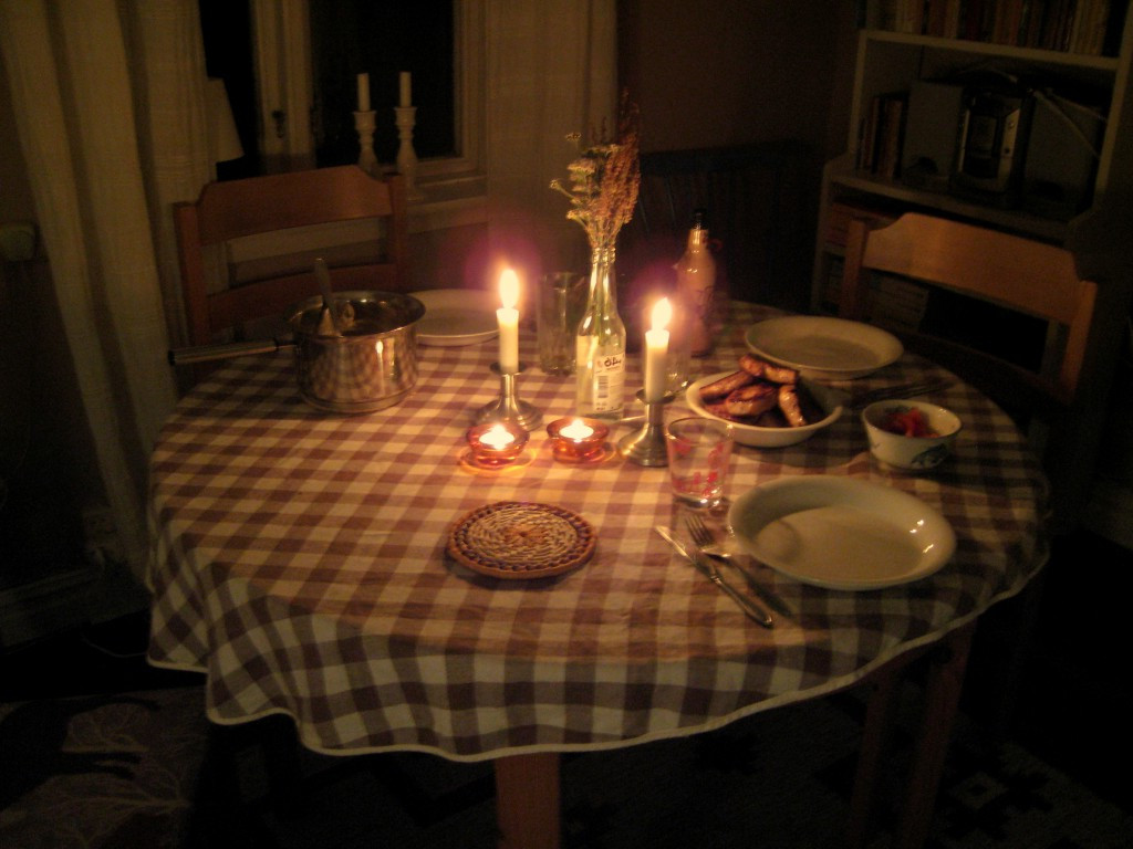 Romantic Dinner For Two At Home  Cheap Date Ideas Romantic and Fun Date Ideas