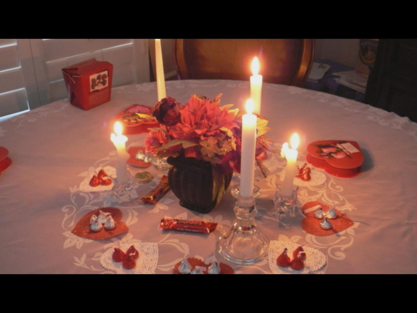 Romantic Dinner For Two At Home  Love Romance How To Plan a Romantic Dinner at Home for