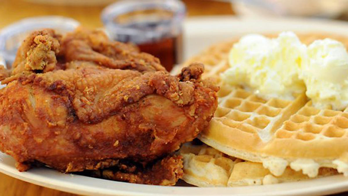 Roscoe'S Chicken And Waffles Anaheim  Roscoe's House of Chicken and Waffles to Open in Barrio
