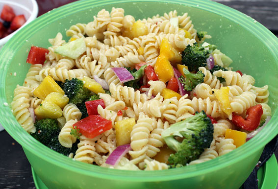Rotini Pasta Salad  Rotini Pasta Salad with Broccoli Florets and Bell Peppers