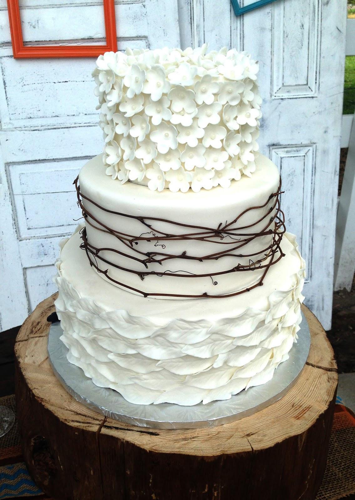 Rustic Wedding Cakes  Wedding Accessories Ideas