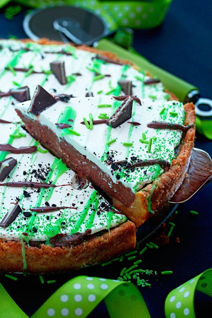 Saint Patrick'S Day Desserts  10 of the BEST St Patrick s Day Desserts Big Bear s Wife