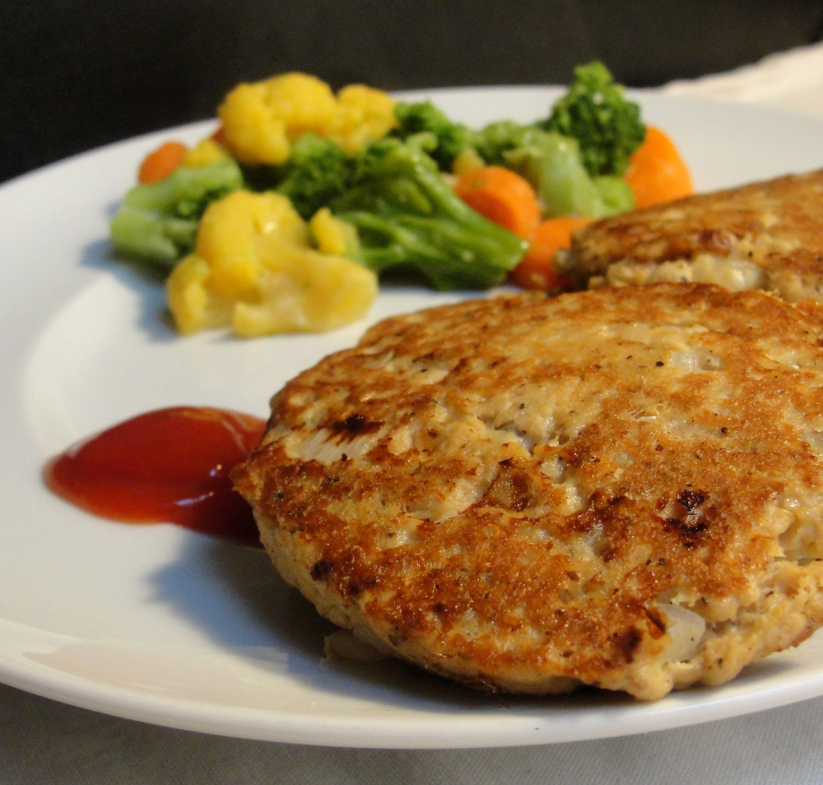 Salmon Cake Recipe  Easy Salmon Cakes recipe – All recipes Australia NZ