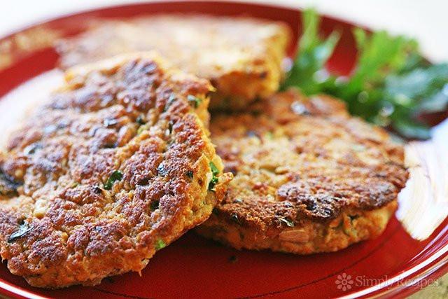 Salmon Cake Recipe  Salmon Patties Salmon Cakes
