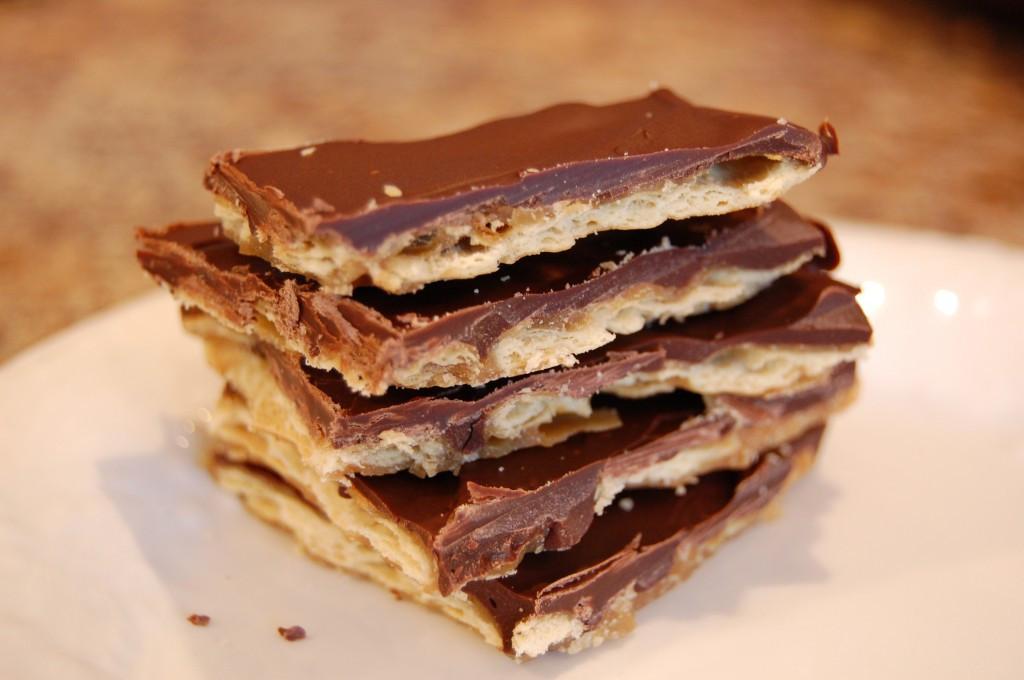 Saltine Crackers Dessert  Cracker Toffee Eat at Home