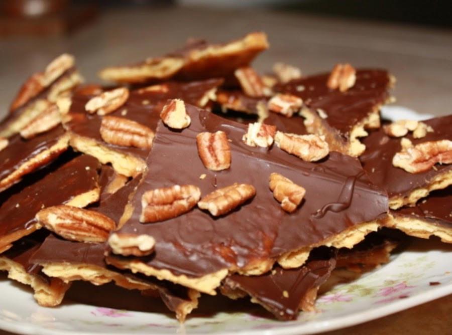 Saltine Crackers Dessert  Saltine Toffee Recipe 3