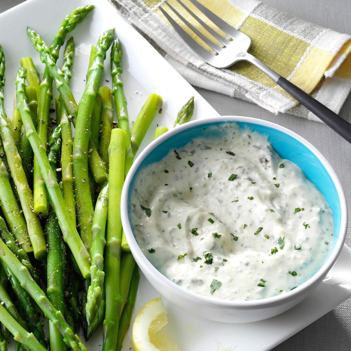 Sauce For Asparagus  Asparagus with Fresh Basil Sauce Recipe