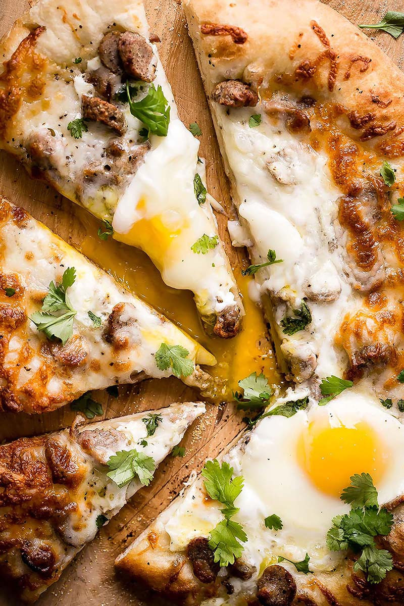 Sausage Breakfast Pizza  Sausage and Egg Breakfast Pizza