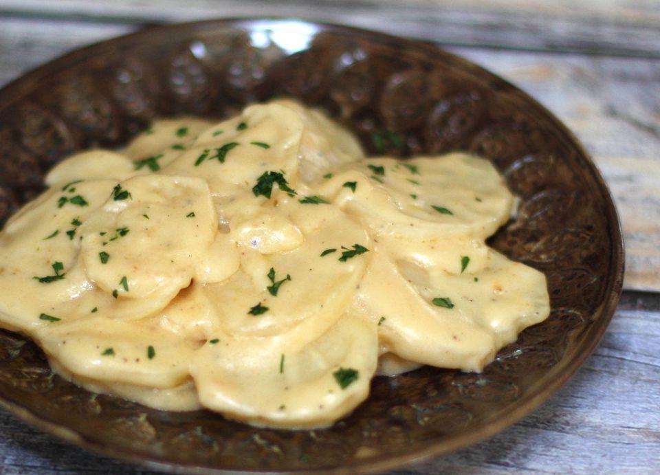Scalloped Potatoes No Cheese  Crock Pot Scalloped Potatoes With Cheese