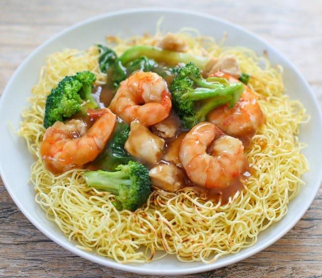 Seafood Pan Fried Noodles  Crispy Pan Fried Noodles Kirbie s Cravings