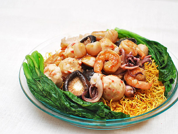 Seafood Pan Fried Noodles  Chinese Noodles 101 Crispy Pan Fried Noodle Cakes With