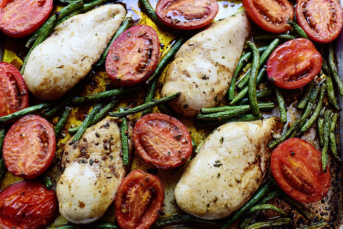 Sheet Pan Dinners Pioneer Woman  Ree Drummond s Blog Italian Chicken Sheet Pan Supper by