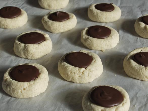 Shortbread Thumbprint Cookies  Chocolate Thumbprint Shortbread Cookies