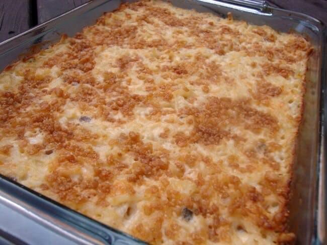 Shredded Potato Casserole  Cheesy Garlic Bacon Mashed Potatoes Julie s Eats & Treats