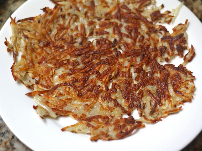 Shredded Potato Recipes  Crispy Crunchy Golden Shredded Hash Browns Recipe