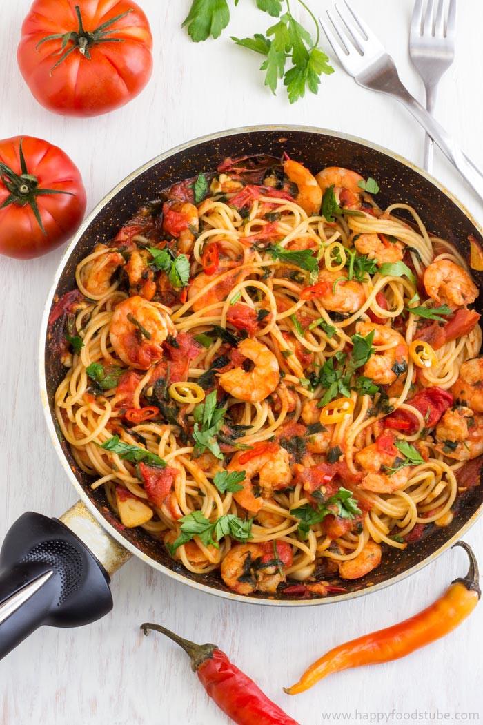 Shrimp And Pasta Dishes  Spicy Shrimp Spaghetti Recipe HappyFoods Tube