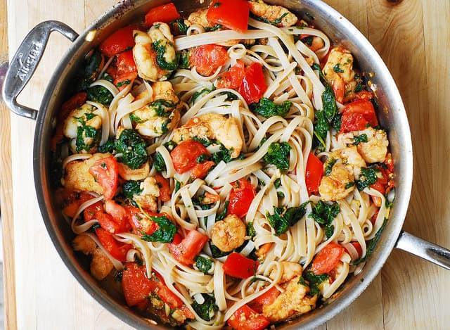 Shrimp And Spinach Pasta  Shrimp Tomato Spinach Pasta in Garlic Butter Sauce Julia