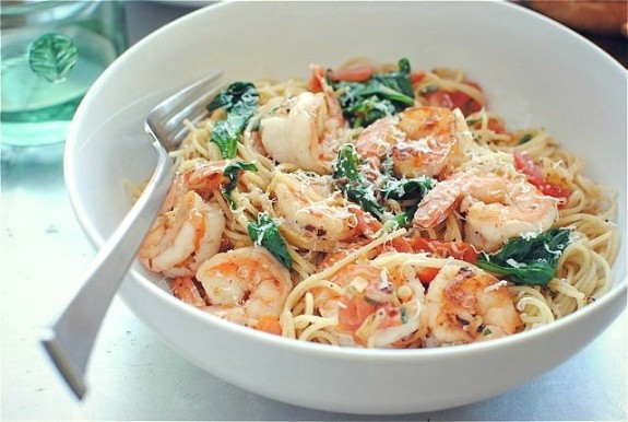 Shrimp And Spinach Pasta  Shrimp Pasta with Tomatoes Lemon and Spinach