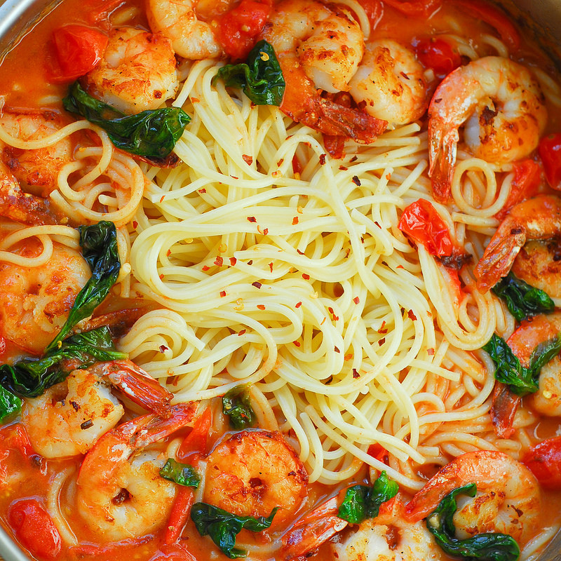 Shrimp Tomato Pasta  Shrimp Pasta in Garlic Basil Tomato Sauce What s In The Pan
