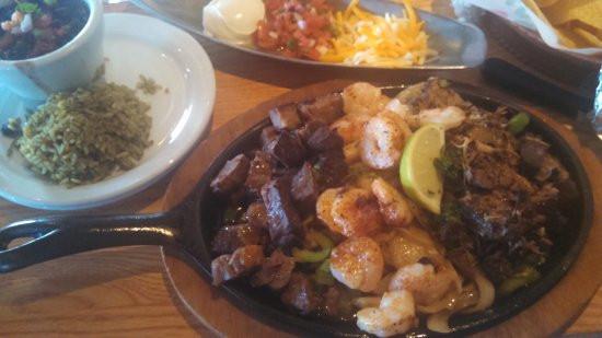 Shrimps And Prime Rib  steak shrimp & prime rib fajitas Picture of Chili s Bar
