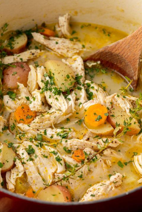 Simple Chicken Stew Recipe  14 Simple Chicken Stew Recipes How to Make Easy Chicken