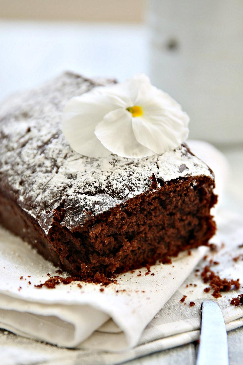 Simple Chocolate Cake  easy cake recipes