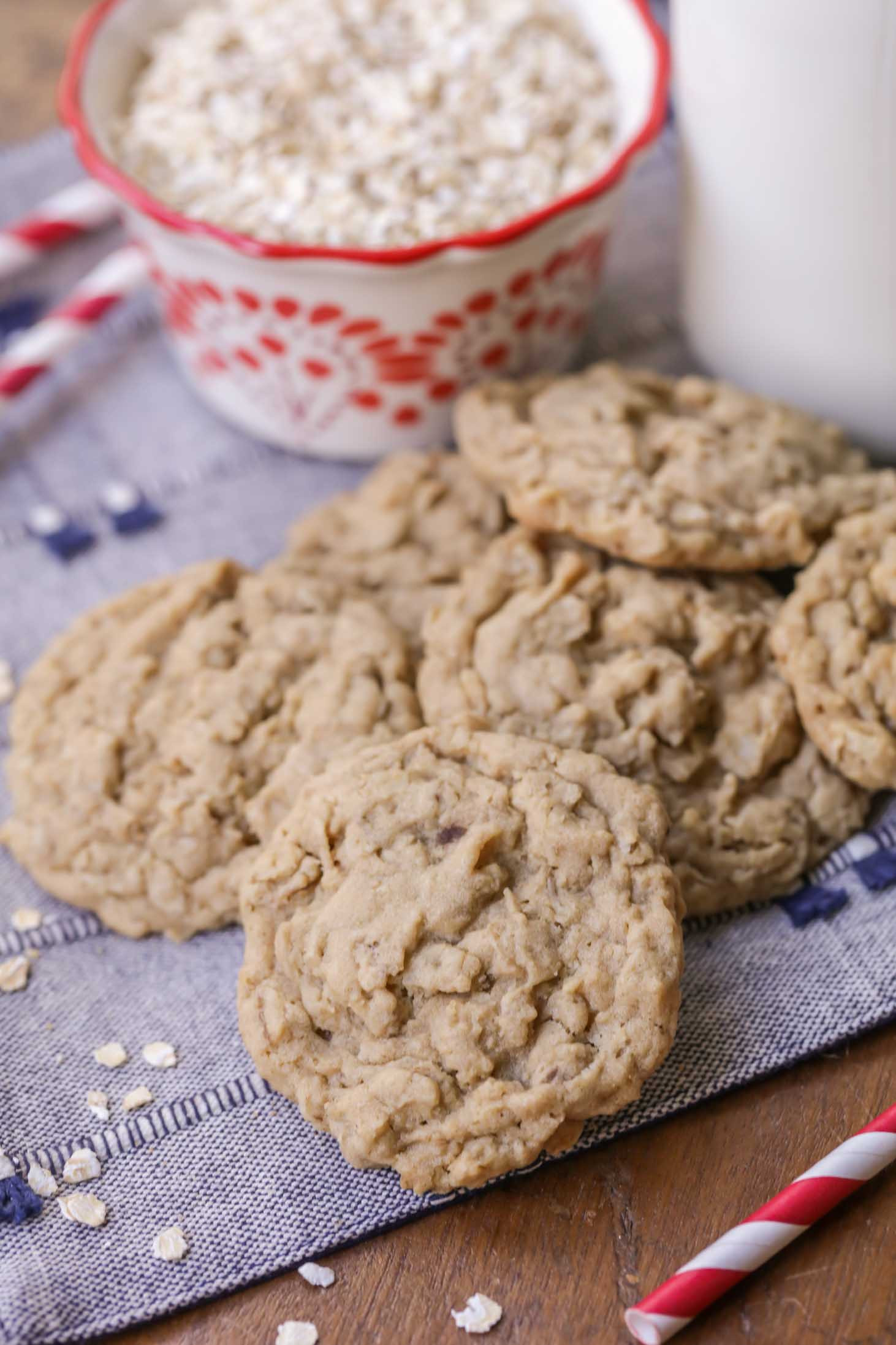 Simple Oatmeal Cookies  Soft & Easy Oatmeal Cookies recipe
