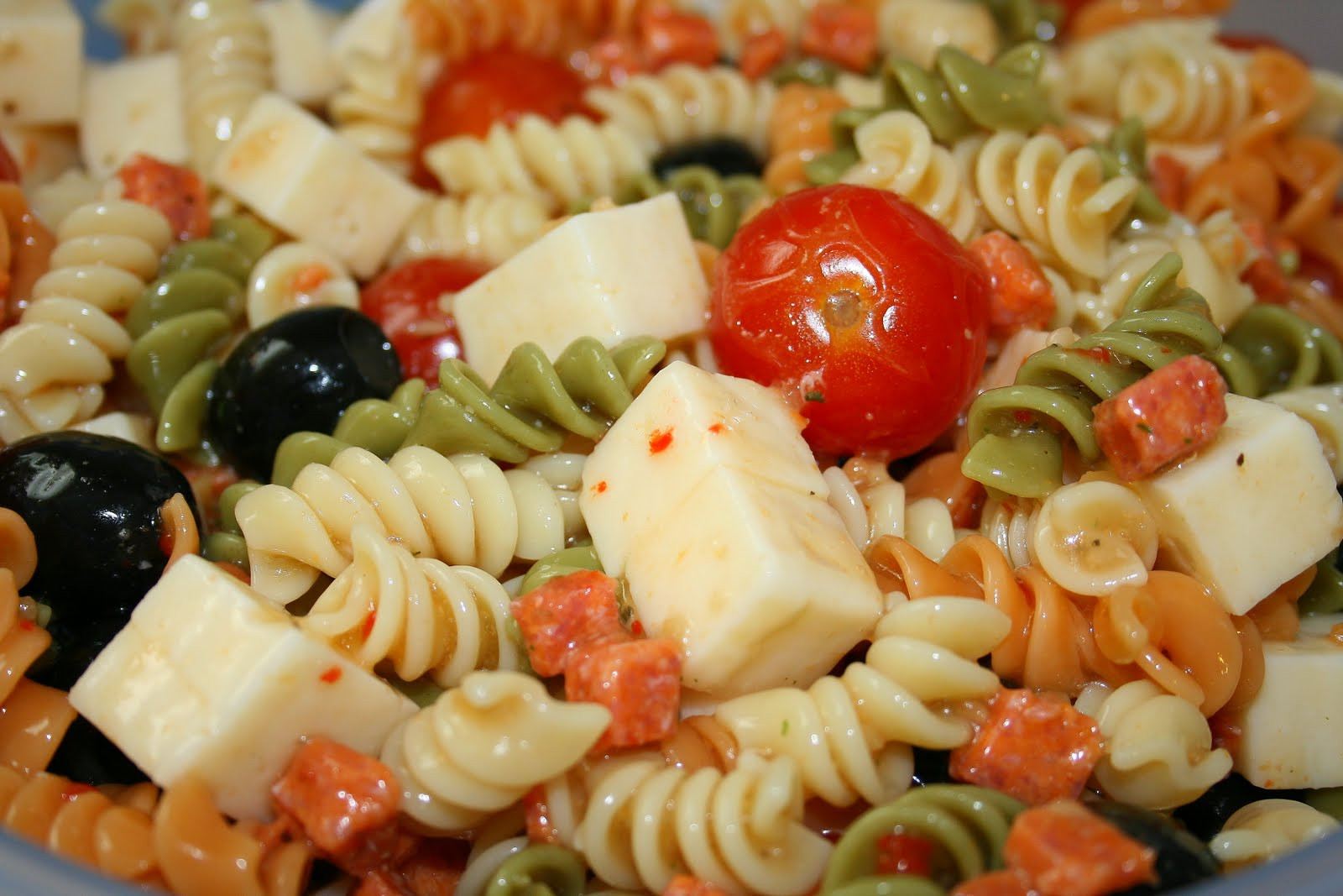 Simple Pasta Salad  Jolts & Jollies Easy Party Pasta Salad