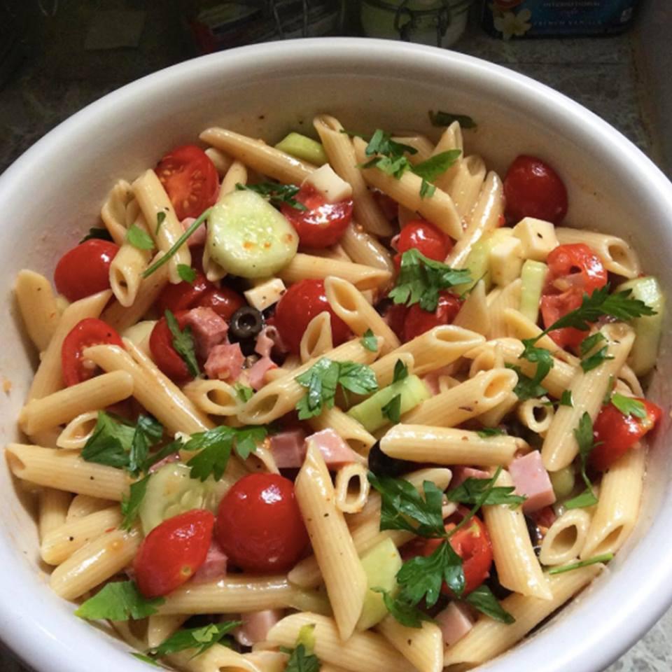 Simple Pasta Salad  Easy Pasta Salad Recipes Backyard Farms