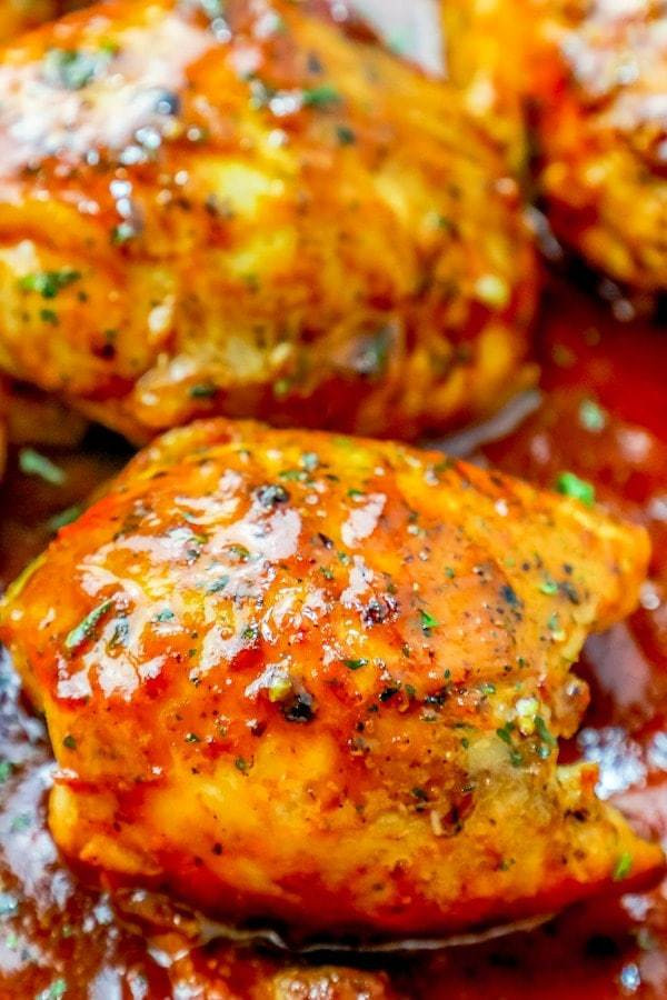 Skillet Chicken Thighs  Easy e Pan BBQ Chicken Thighs Skillet Dinner Recipe