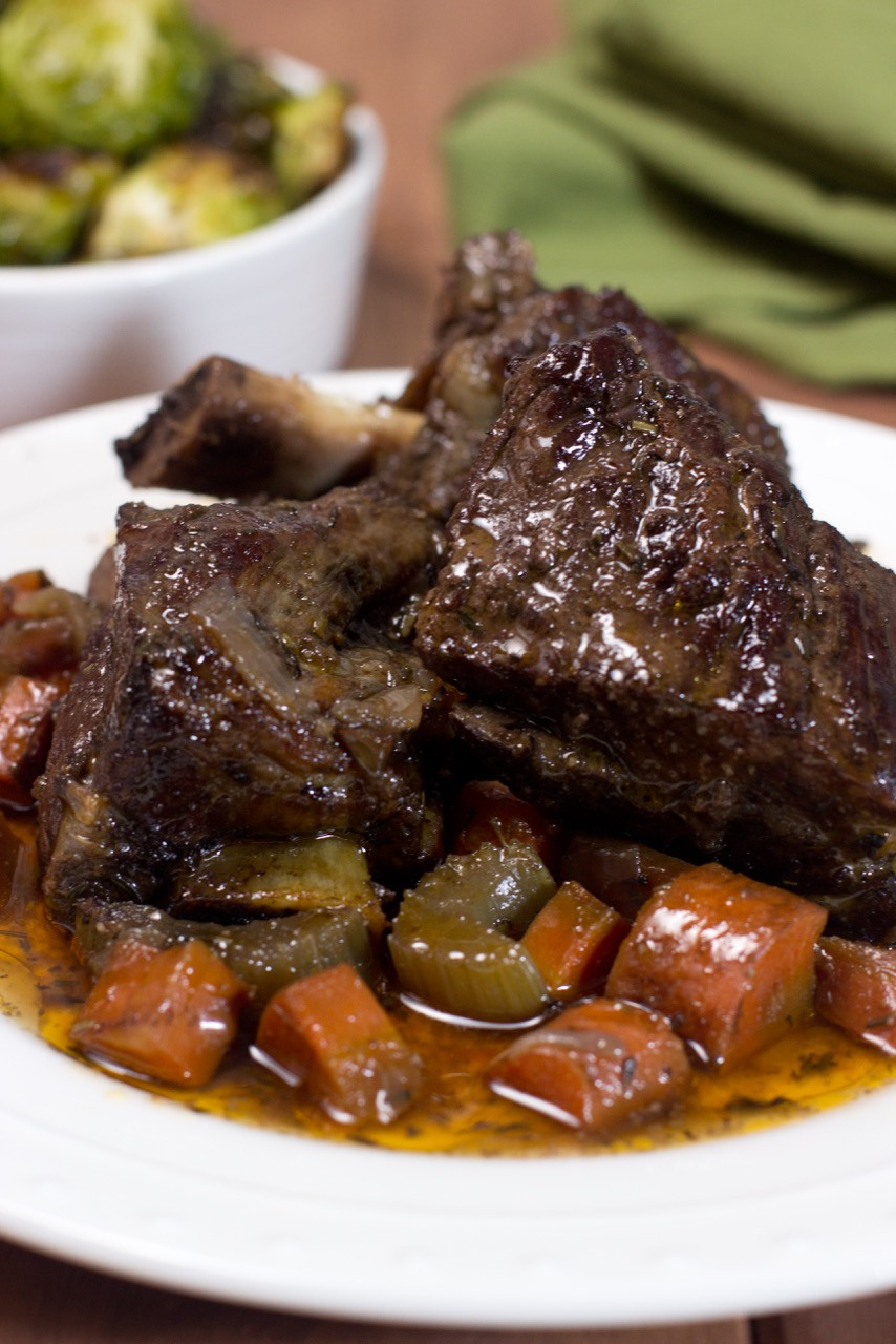 Slow Cook Beef Ribs In Oven  Slow Cooker Braised Short Ribs
