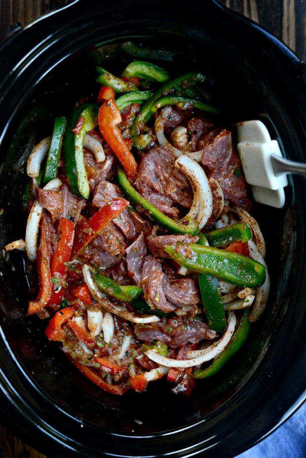 Slow Cooker Beef Fajitas  slow cooker beef fajitas