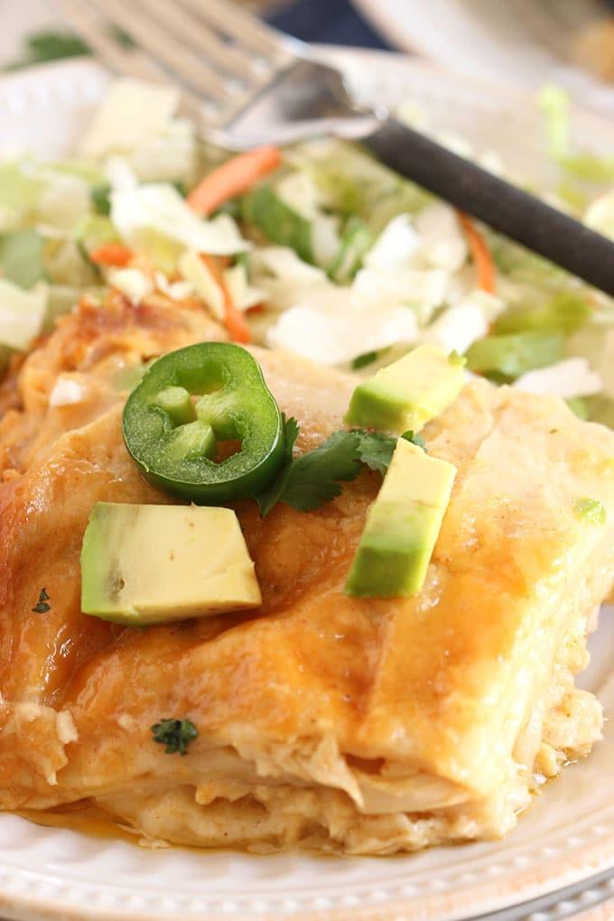 Slow Cooker Chicken Enchilada Casserole  Slow Cooker White Chicken Enchilada Casserole The