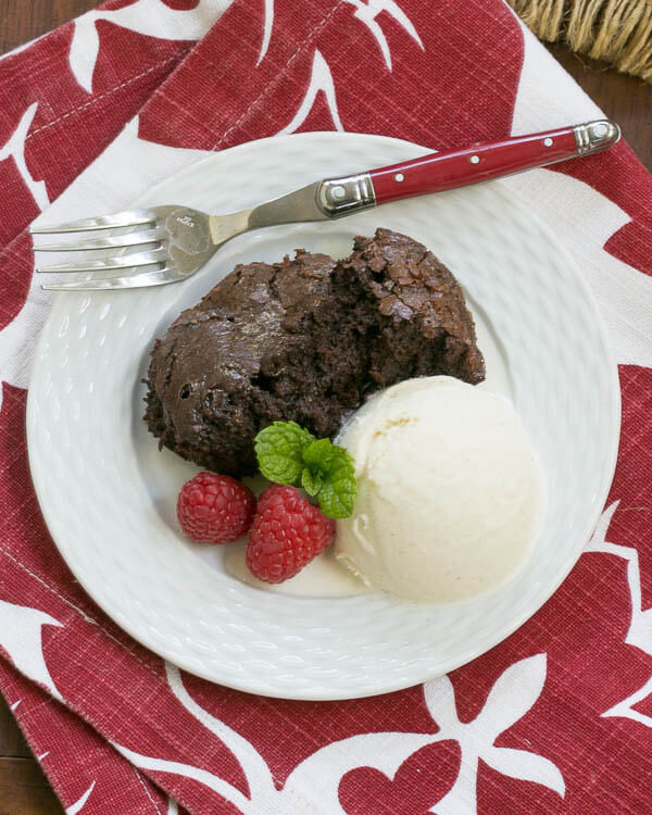 Slow Cooker Desserts  30 Slow Cooker Recipes Dinners Dishes and Desserts