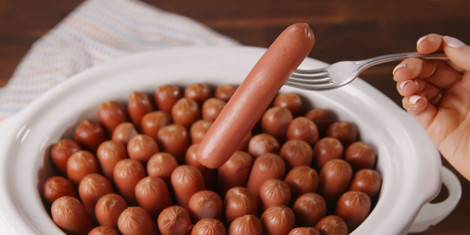 Slow Cooker Hot Dogs  Best Slow Cooker Hot Dogs Recipe How to Make Slow Cooker